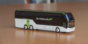 bus model Neoplan Skyliner, Dr. Richard
