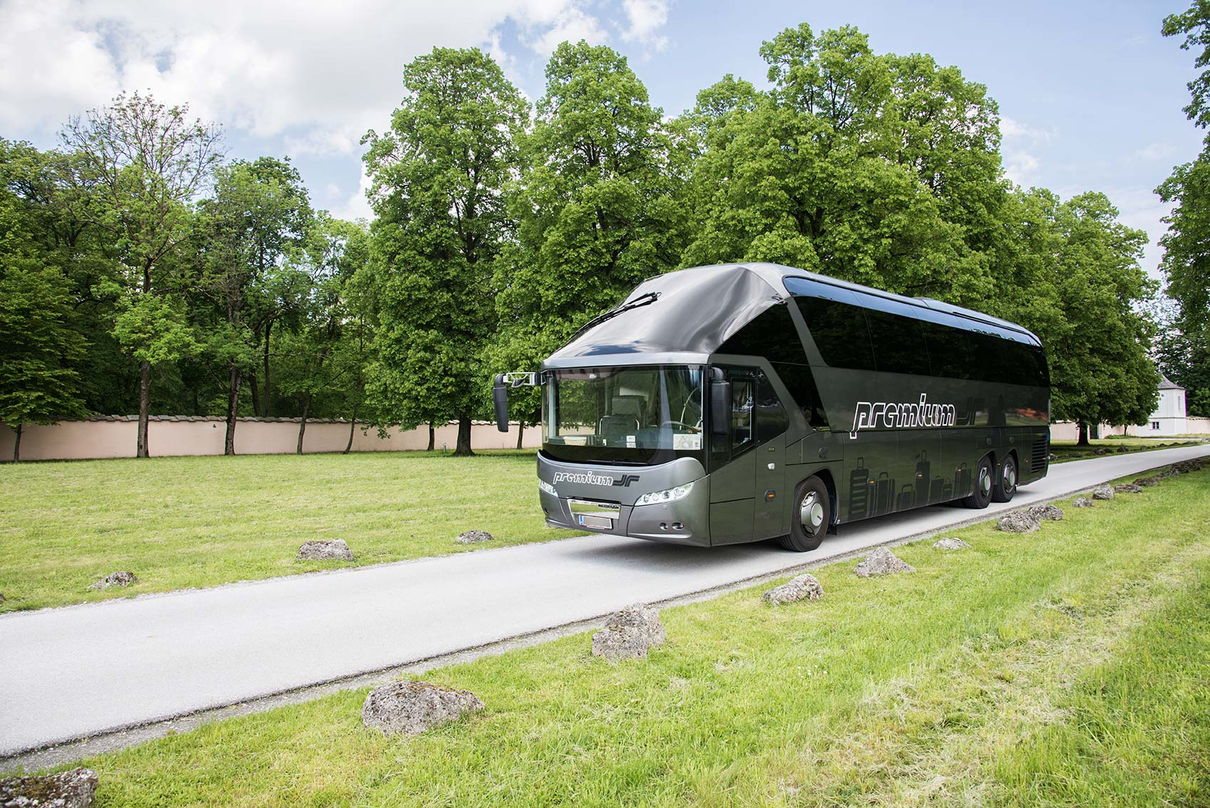 Dr Richard Bus mieten Premium Number One